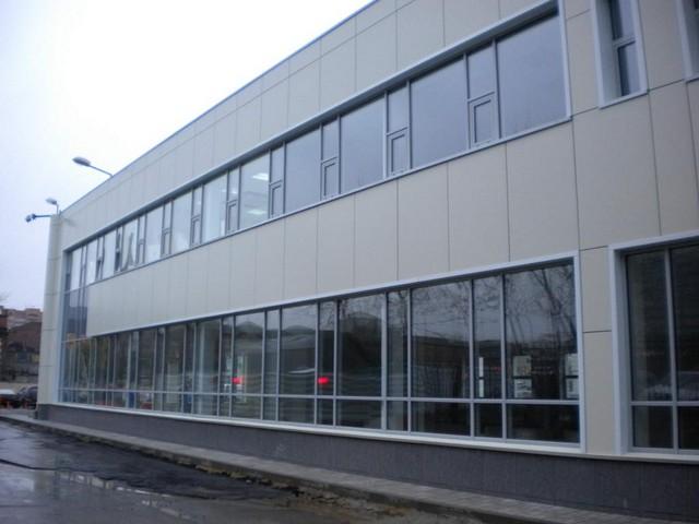 Офисное здание с вентилируемым фасадом